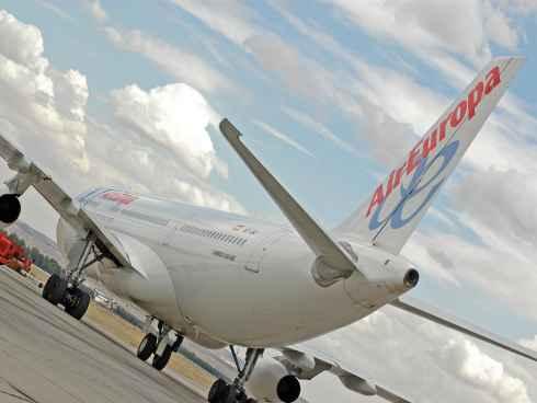 Halconviajes y air europa se vuelcan en la final de kiev for Oficinas de air europa en madrid