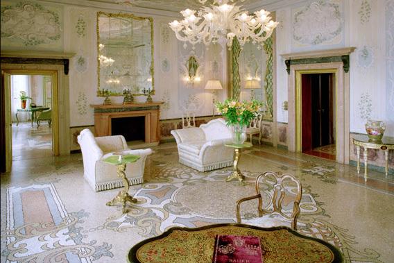 Hoteles en venecia hotel bauer il palazzo for Imagenes de hoteles de lujo