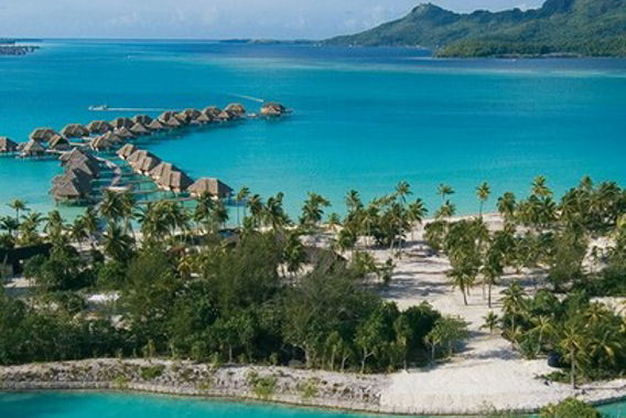 Four Seasons Resort Bora Bora, Polinesia Francesa - Resort de 5 estrellas de lujo- Vista desde la monta�a