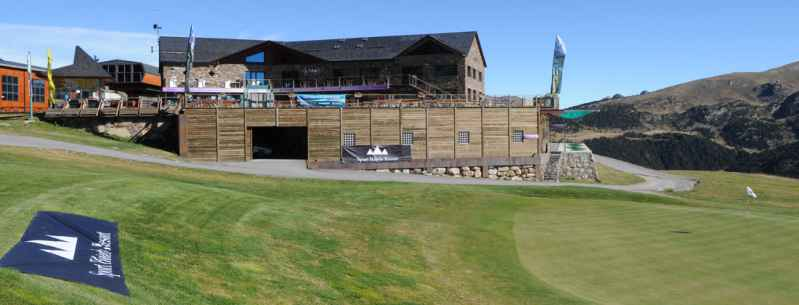 Mountain Golf Experience, resort y green fee para 4 campos de golf