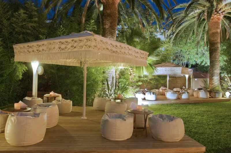 El hotel m nica de cambrils inaugura la nueva temporada for Hotel familiar cambrils
