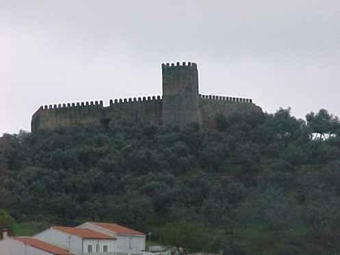 Se ofrece castillo y ermita del s xiv el nuevo proyecto de alan s de la sierra - Hosteria casa adriano alanis de la sierra sevilla ...