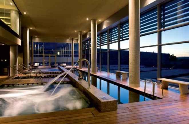 Hoteles recomendados para pasar una semana santa por espa a for Hoteles recomendados en madrid